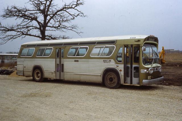 19711200 10 huskie lines bus dekalb il flickr photo sharing. Black Bedroom Furniture Sets. Home Design Ideas