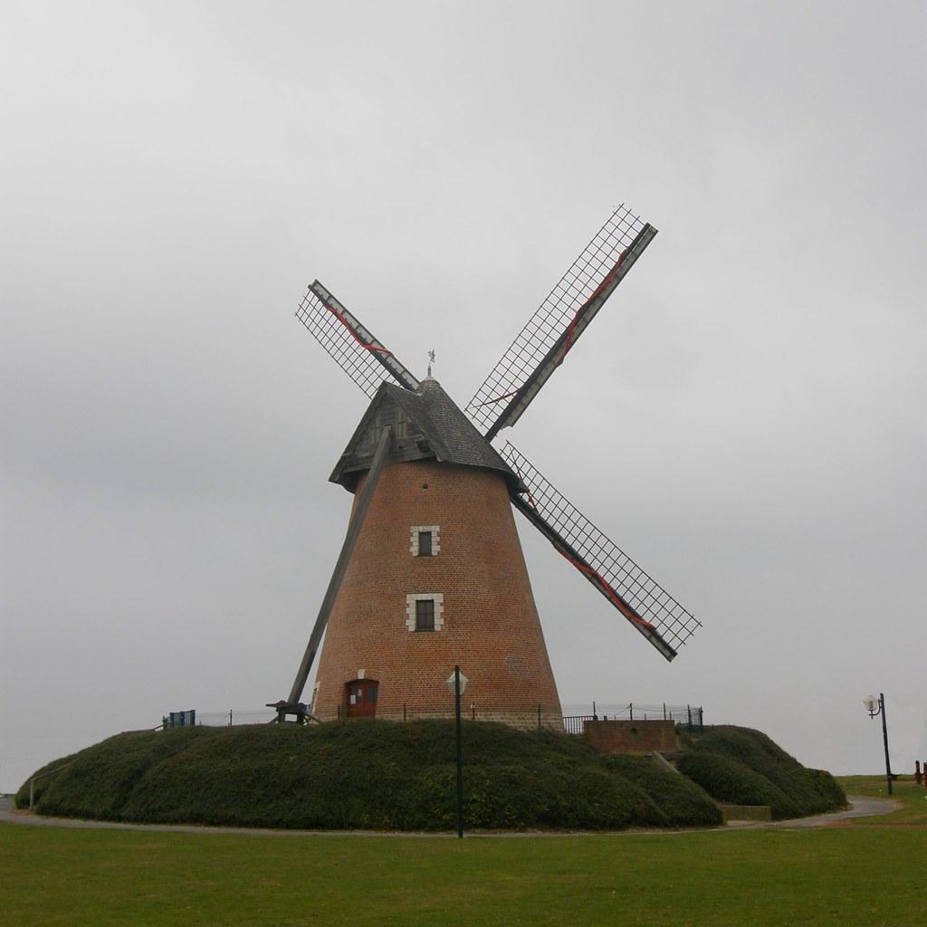 moulin vent windmill le moulin de la tourelle. Black Bedroom Furniture Sets. Home Design Ideas