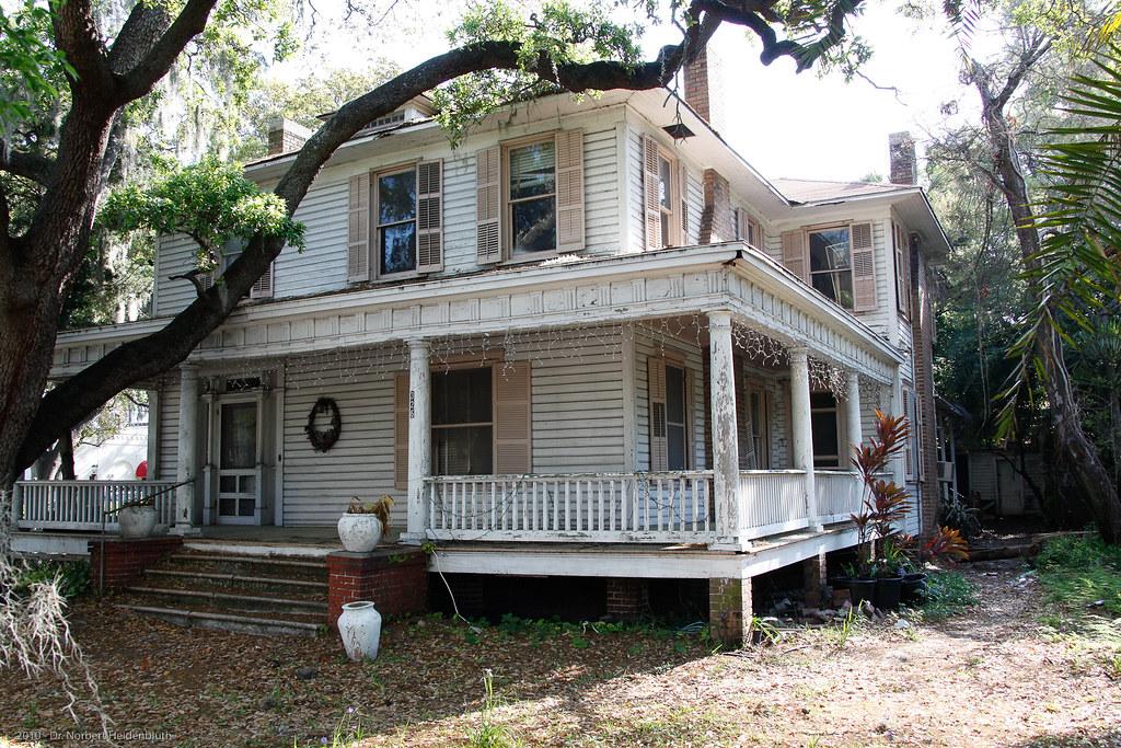 Old Hyde Park Village Tampa 42