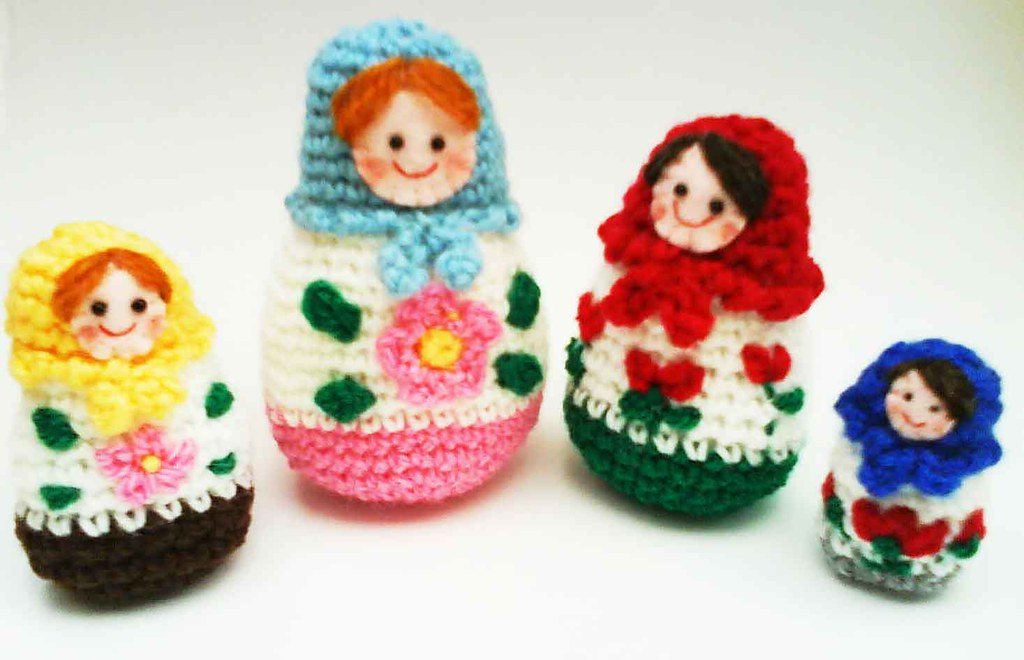 Amigurumi Russian Dolls : Russian Matryoshka amigurumi babushka Dolls Crochet Patter ...