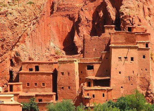 Charming mud houses   Mud brick house in the Atlas