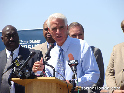 Picture of Charlie Crist in St. Petersburg Florida | by sharingflorida