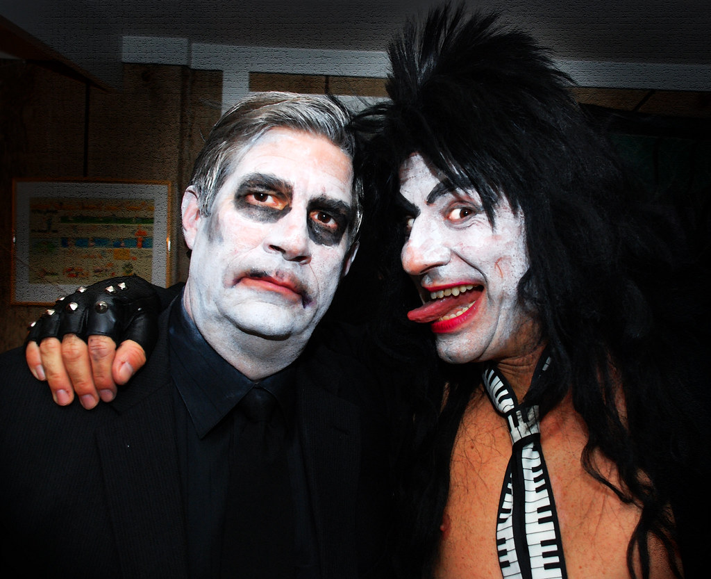 halloween, the ghost and the rock star | pulicciano | flickr