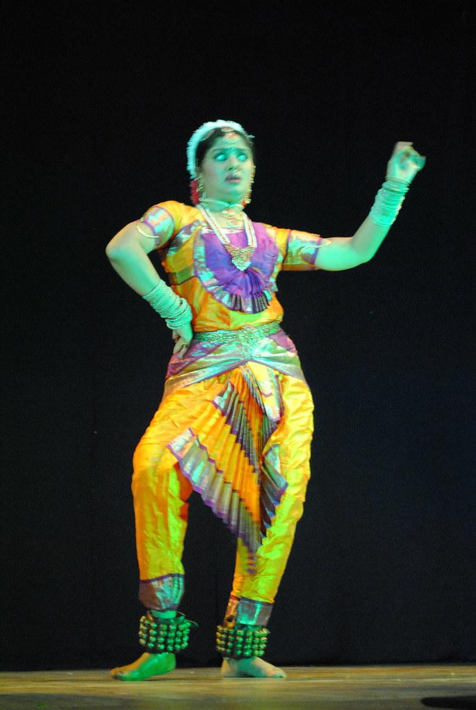 😍 Sudha chandran biography in telugu  Biography of Sudha