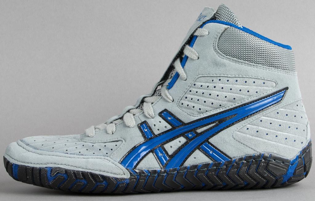 asics-aggressor-wrestling-shoes-grey-royal-blue-1 | Retail ...
