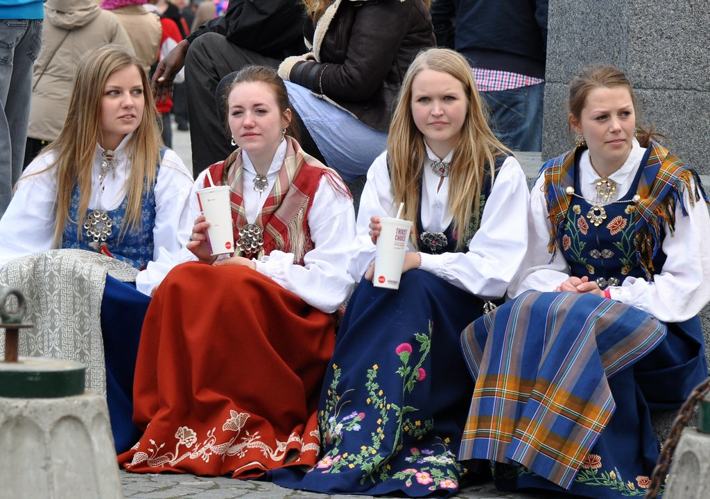 thai jenter i norge girls in norway
