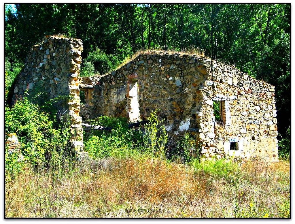 El cogul la garriga el vall s oriental en un dels camin flickr - El tiempo en el valles oriental ...