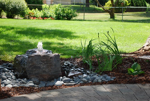 how to make a bubbling rock fountain