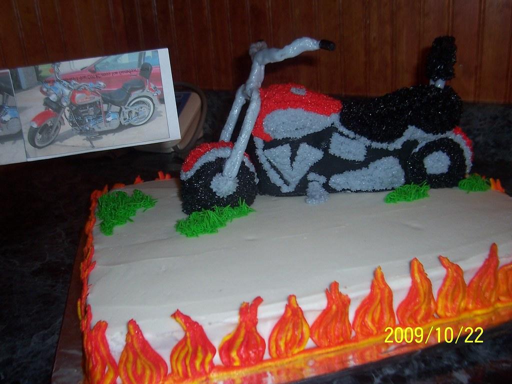 Cake Art Motorcycle Cake Pan : Motorcycle cake on Flame base cake A motorcycle & flame ...