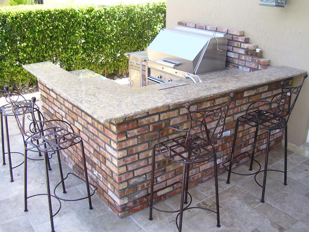 Patio King Custom Barbecue Island 05-01-09 (21)