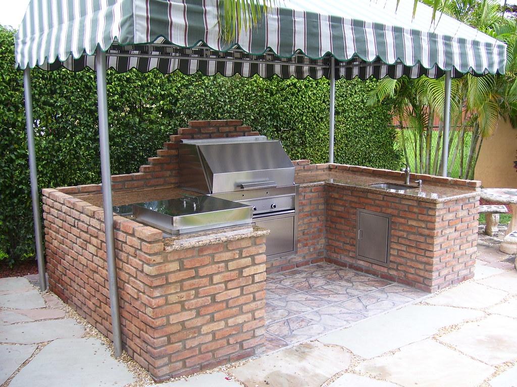Patio King Custom Made Barbecue Island 3-14-08 (5)