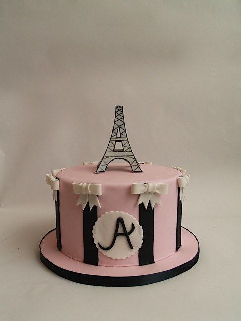 Paris Cake 1 A Paris boutique inspired graduation cake Th Flickr