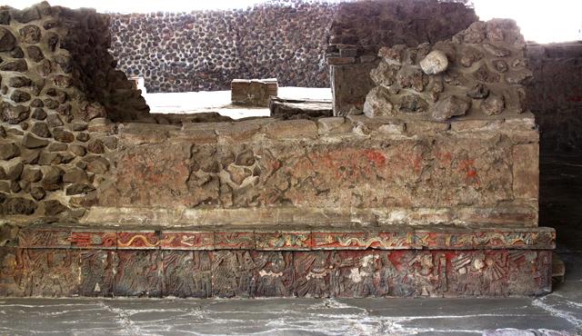 Templo mayor en la casa de las aguilas procesi n de per - La casa de las angulas ...