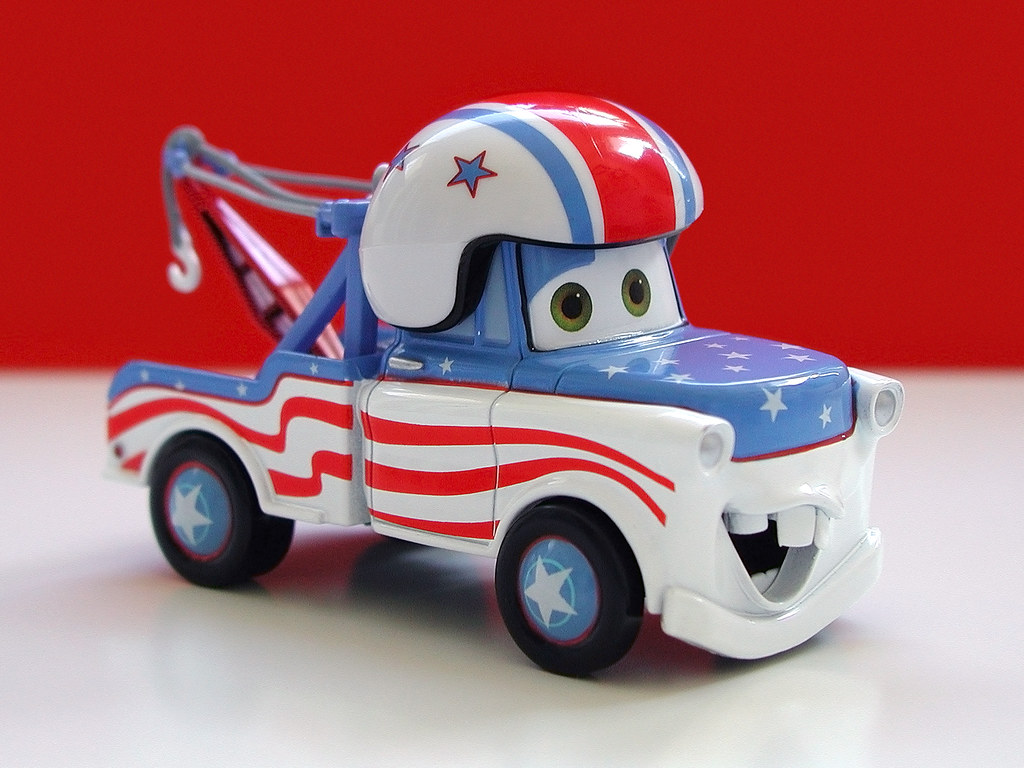 Disney Store Cars Toon Diecast: Mater The Greater (2009