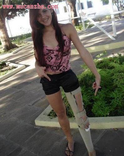 Short Girl With Natural Tits