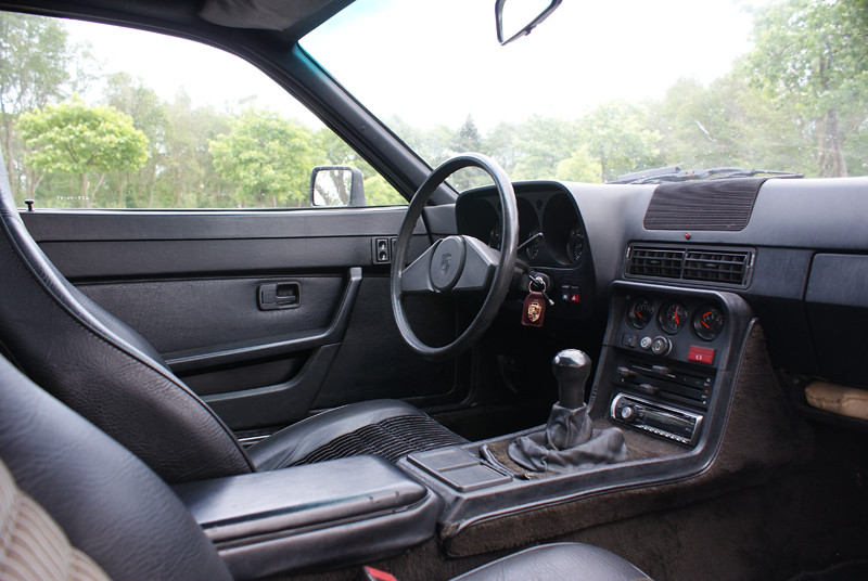 Porsche 924 1980 interior jorikberkepas flickr for Porsche 924 interieur