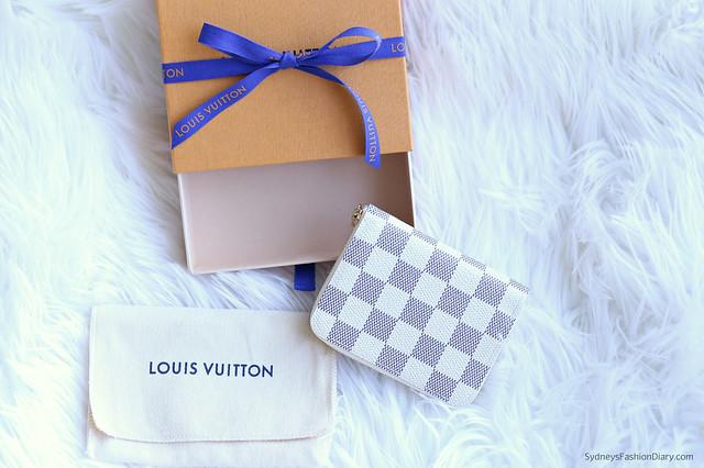 LouisVuittonZippyWallet_SydneysFashionDiary