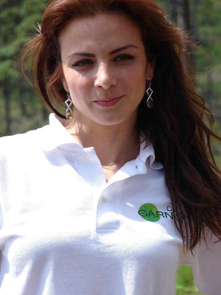 picture Leslie Ash