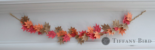 thanksgiving garland hanging | by Simply Modern Mom