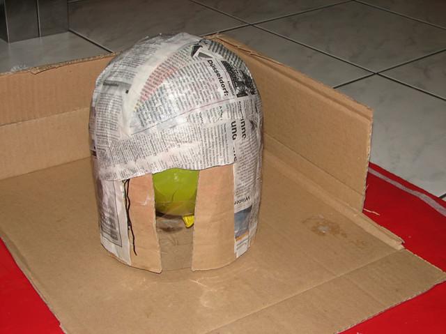 bastelanleitung ritterhelm basteln schritt 3 jana henning flickr. Black Bedroom Furniture Sets. Home Design Ideas