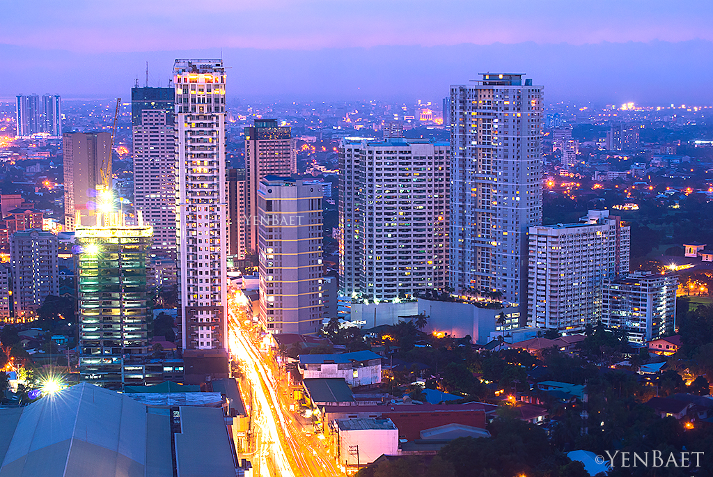 Manila - Rooftop View, Mandaluyong City   One of the