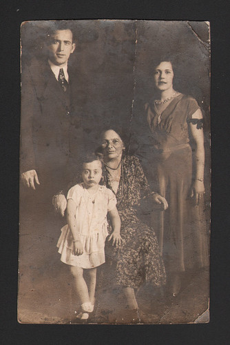 Old family photo in New Orleans - Jewish Community - 1932 | by Jewish Women's Archive