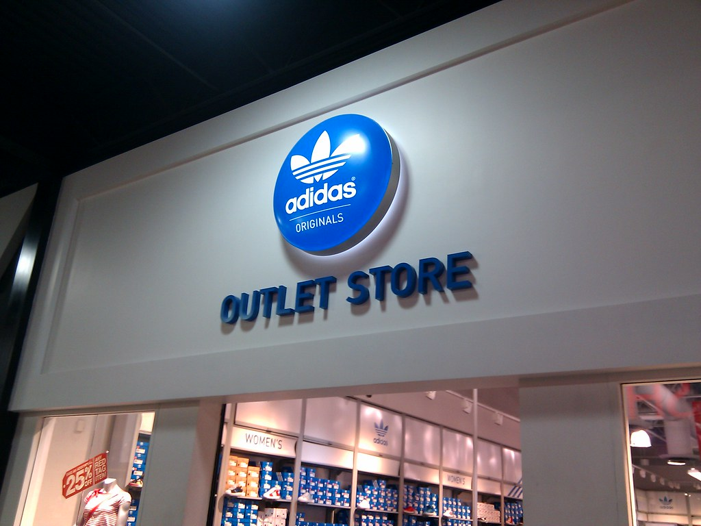 Adidas Original Outlet