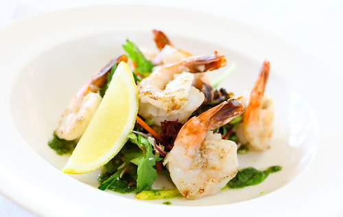 Freah Garlic Prawn Salad | by The Mil