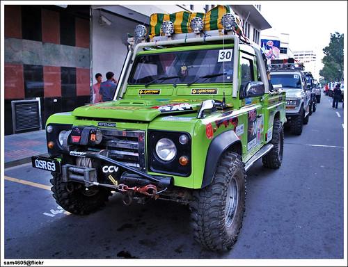 4x4 Borneo Safari 2009 Flag Off Land Rover Defender Flickr