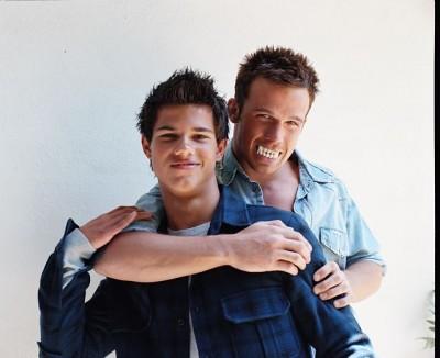 Taylor Lautner and Cam Gigandet   haha! :D   ~{ἶn.lσvє ... Taylor Lautner