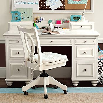 PB Teen Chelsea Desk And Hutch