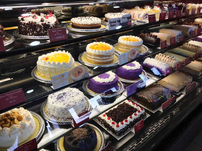 red-ribbon-bakeshop-cakes-28