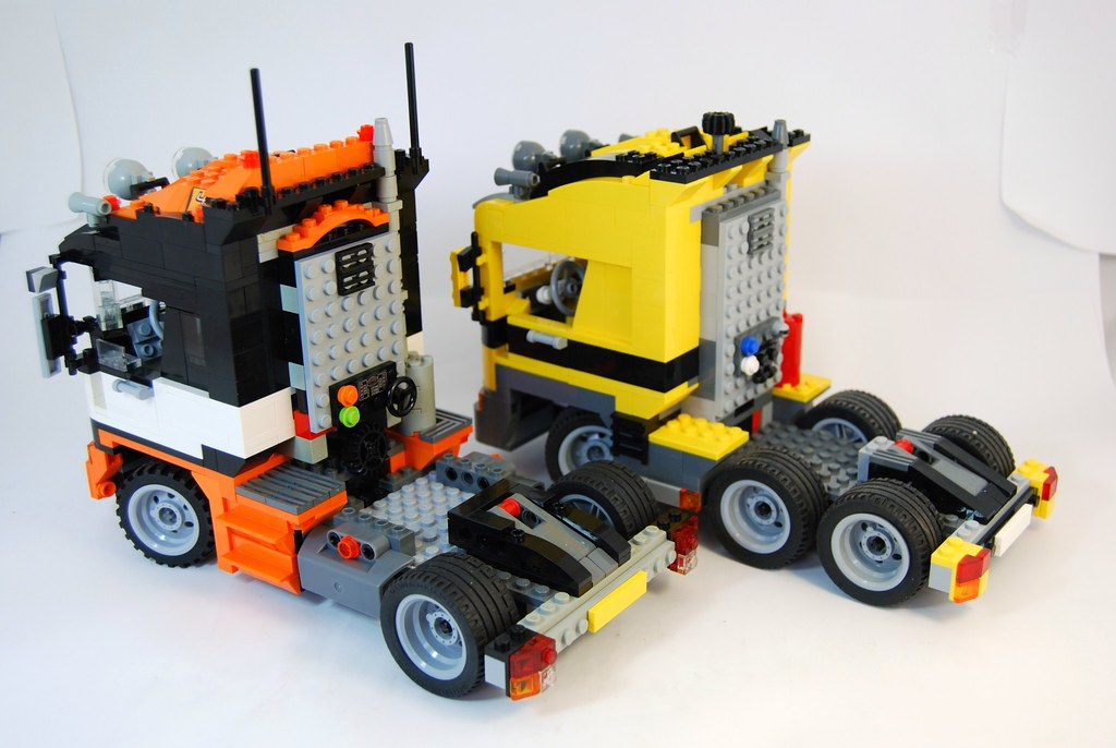 can 39 t party every day nolnet 39 s renault tractor and lego. Black Bedroom Furniture Sets. Home Design Ideas