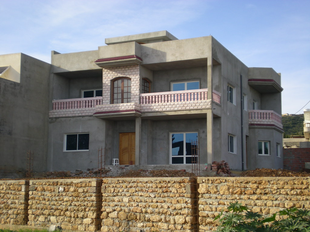 Une villa en construction ghar el melh citizen59 flickr for Construction de villa