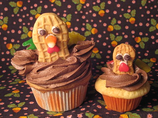 Turkey cupcake tutorial | by kristin_a (Meringue Bake Shop)