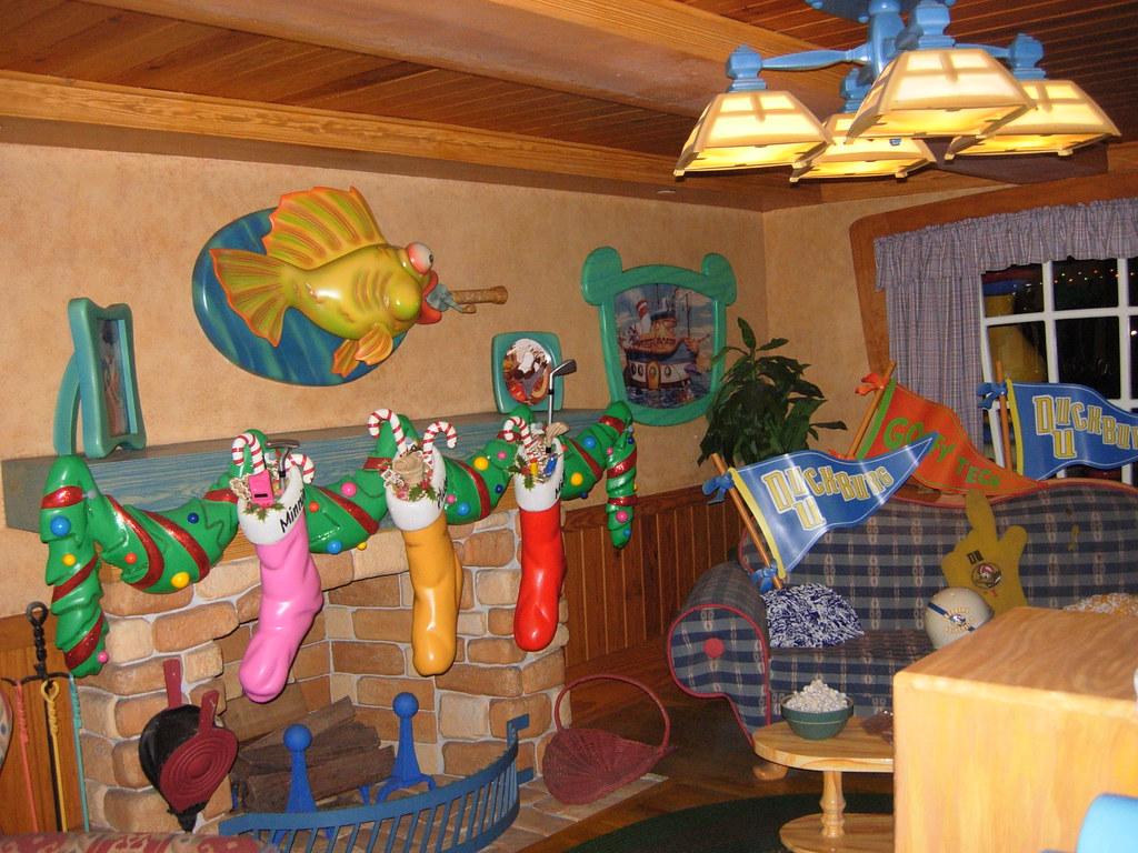 Mickey S House At Toontown In The Magic Kingdom Park Wal