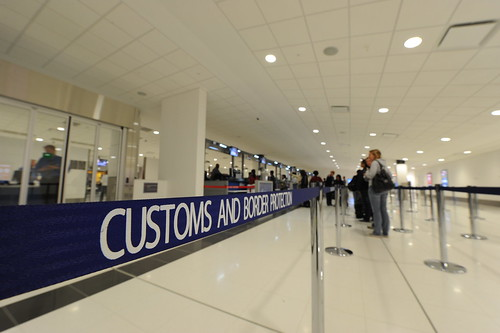 New Customs Hall at Sydney Airport