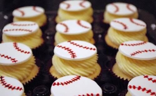 Baseball Cupcakes | by wickedcakechick