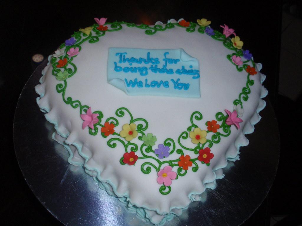 Heart Shaped Birthday Cake Wth Fondant Heart Shaped Chocol Flickr