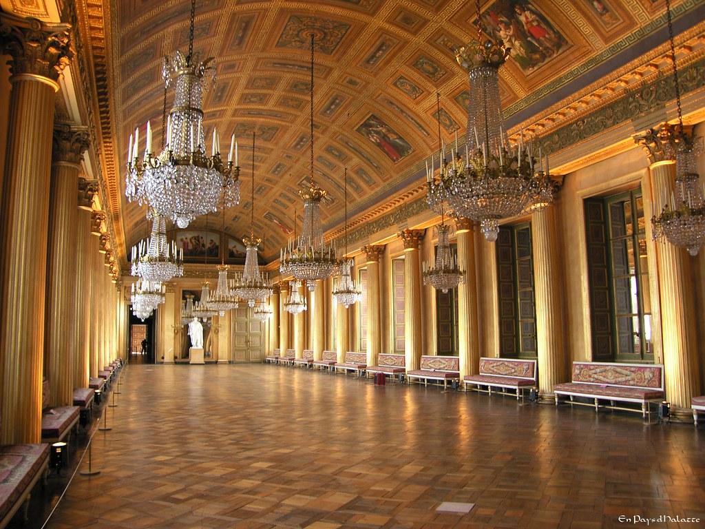 La galerie de bal ch teau de compi gne oise france for Interieur 19eme siecle