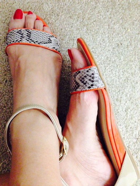 Chins Laundry Coral Red Cutout Shoe
