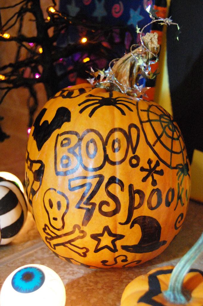 Doodle pumpkin swelldesigner flickr for Doodly free