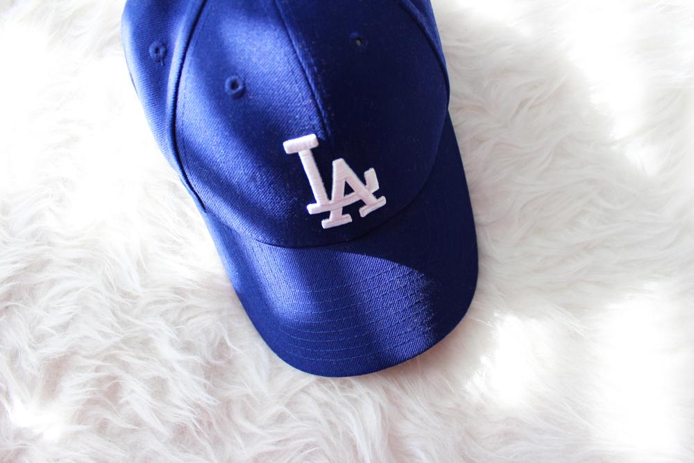 1_beach_bag_essentials_baseball_cap