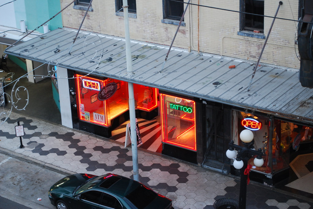 Ybor tattoo shop gordon tarpley flickr for Tattoo shops in ybor