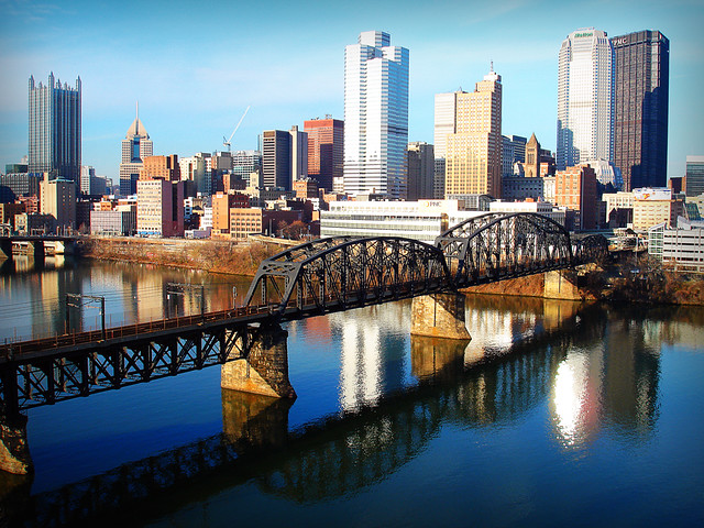 Port authority bridge pittsburgh 39 s light rail or t uses flickr - Pittsburgh port authority ...