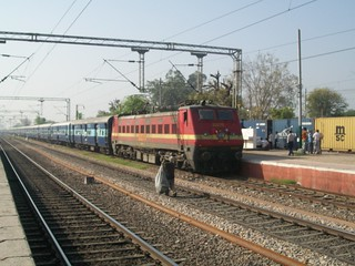 Agra Cantt-New Delhi Intercity Express at Asaoti | by Anindya Roy Photography (catching up)
