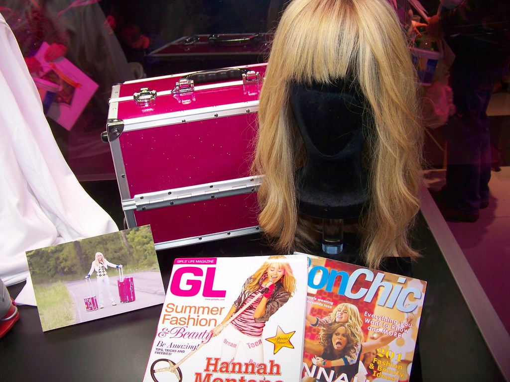 hannah montana the movie props at the ultimate disney exp