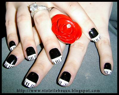 Piano Key Nail Art This Is A Hand Painted Nail Art Design Flickr