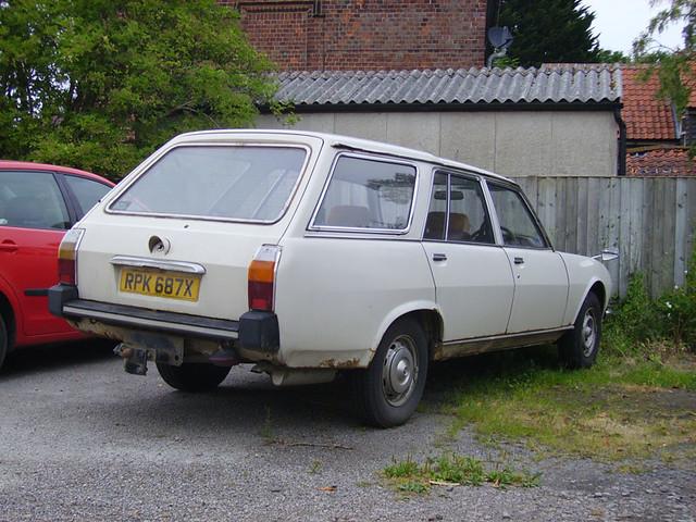 1981 Peugeot 504 2 0 Estate A Rare Beast Nowadays Being V Flickr