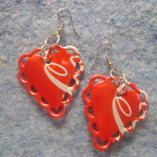 Scalloped Heart Can Can Earrings | by Some Art Stuff